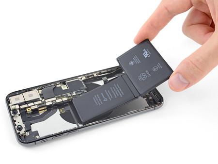 A partir de ahora los iPhone con baterías de terceros podrán recibir reparaciones oficiales