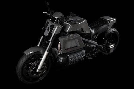 ¿Error o acierto? Esta moto es una carismática Honda F6C Valkyrie, aunque ya no lo parece
