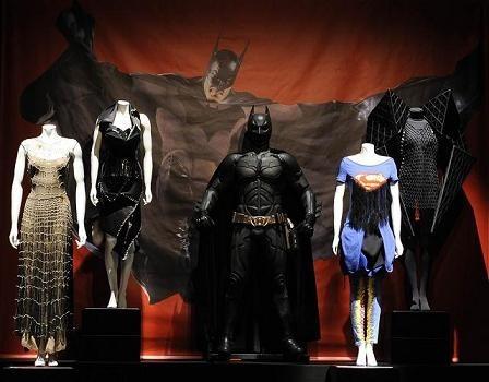Los diseñadores visten a los Superhéroes