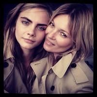 Cara Delevingne y Kate Moss juntas pero no revueltas para Burberry