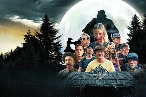 'Nadie duerme en el bosque esta noche': un eficaz slasher de Netflix con una cura sangrienta para la adicción a la tecnología