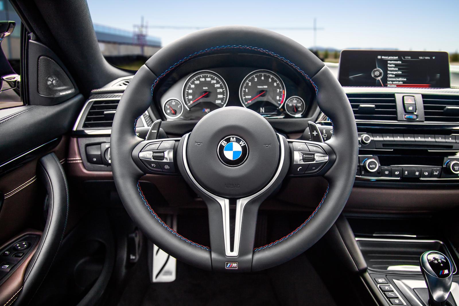 Foto de BMW M4 CS (39/60)