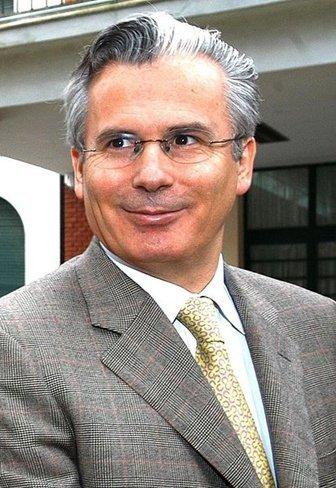 Baltasar Garzón asumirá la dirección jurídica del equipo de abogados de Julian Assange