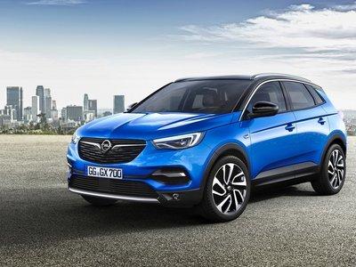 ¿Amazon vende coches? Opel se suma a la imparable reinvención de los concesionarios a través de internet