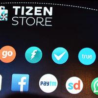 Samsung sigue ganando apoyos para Tizen, llega BlackBerry Messenger