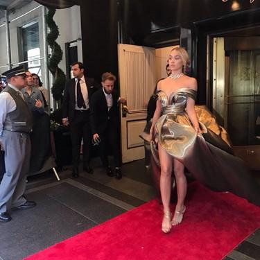 Gala MET 2018: H&M pisa la alfombra roja con Jasmine Sanders
