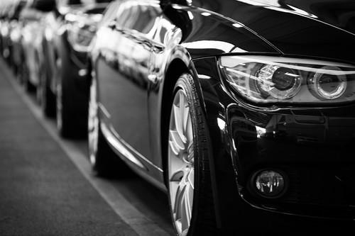 Las ventas de coches en 2019 caen por primera vez en seis años: los SUV ya son los más vendidos y el diésel sigue a la baja