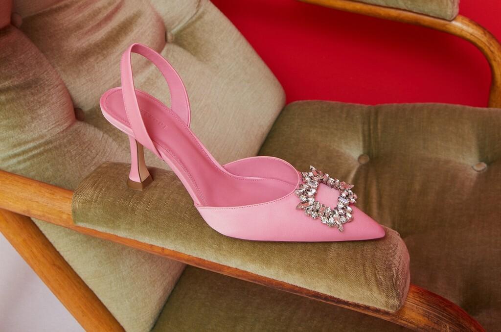 Siete tendencias de verano en 14 zapatos de Uterqüe