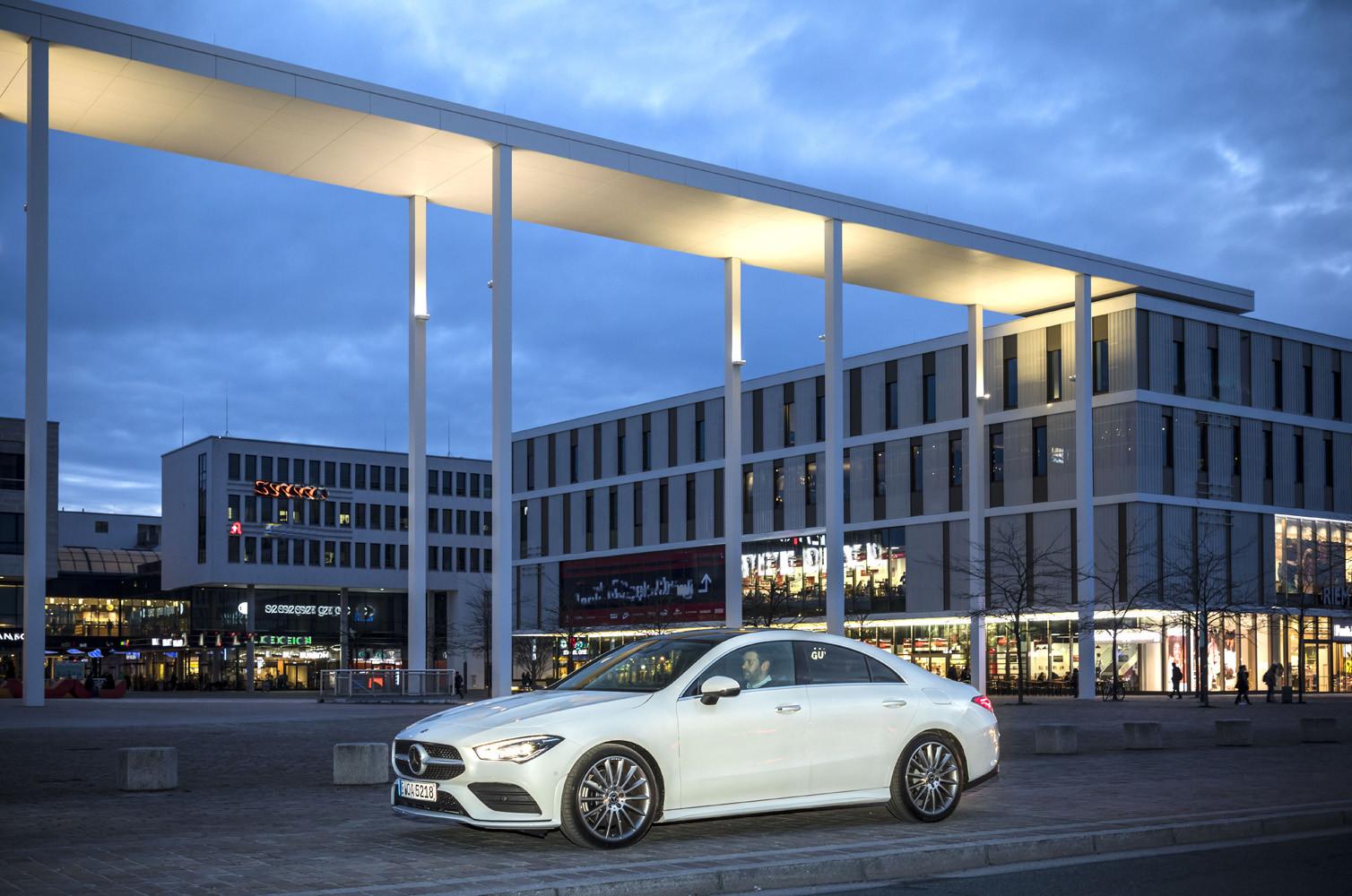 Foto de Mercedes-Benz CLA Coupé 2019, toma de contacto (135/248)