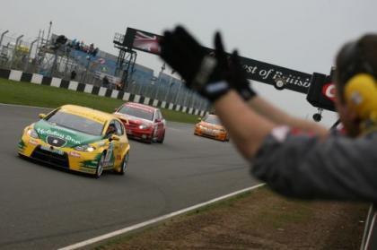 El SEAT León TDI también gana en el BTCC