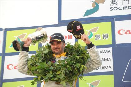 Yvan Muller se corona campeón del WTCC