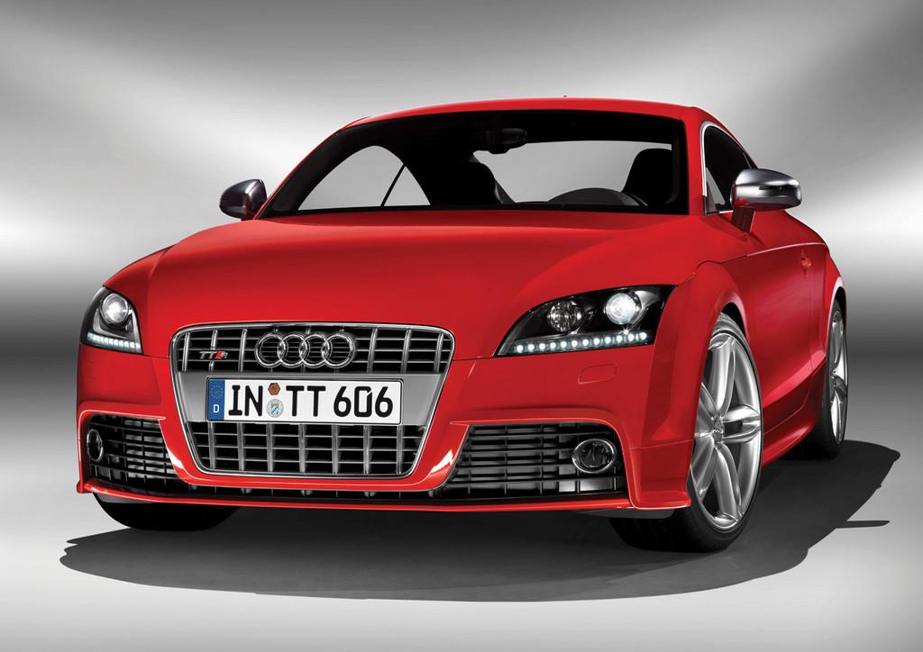 Foto de Audi TTS (14/40)