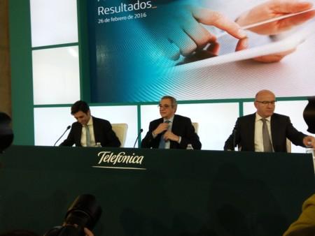 Movistar sigue mejorando sus resultados: crecimiento de ingresos y más clientes de móvil en 2015