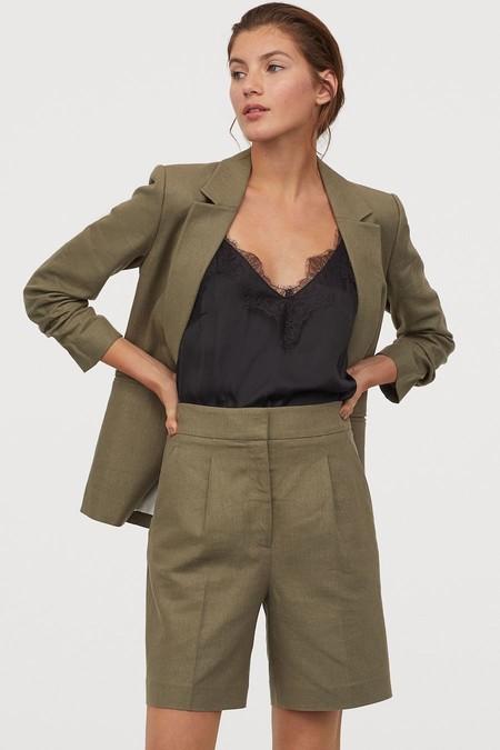 Pantalon Corto De LinoPantalón corto de lino