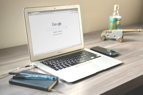 Cómo funciona BERT, la inteligencia artificial con la que Google quiere conseguir que su motor de búsqueda nos entienda mejor