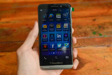 BlackBerry A10 aparece una vez más en video e imágenes