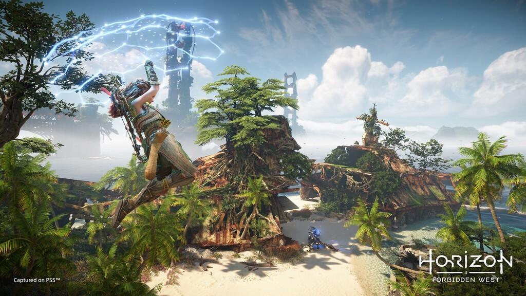 Horizon Forbidden West detalla nuevos aspectos: sistema de escalada libre, diferencias entre PS5 y PS4, DualSense y más