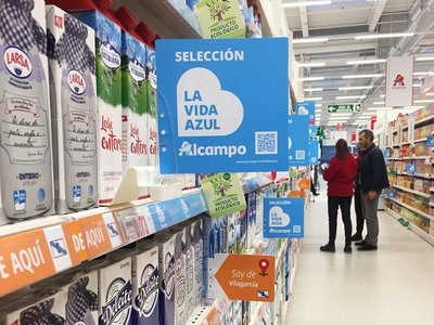 Alcampo rectifica y pide disculpas por su desafortunada selección de productos azules