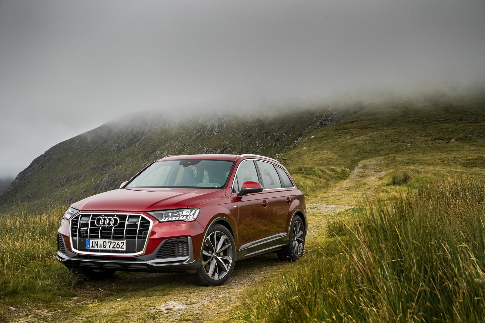 Foto de Audi Q7 2021 (25/30)