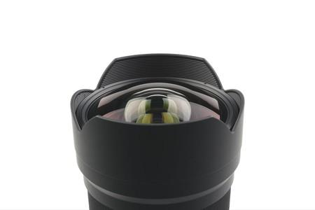 tokina opera 16mm