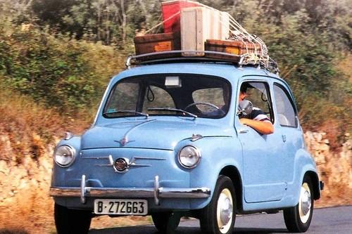 13 accesorios para coche que nos harán más cómodo un viaje largo estas vacaciones