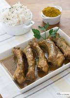 Costillas de cerdo con curry y miel. Receta rápida