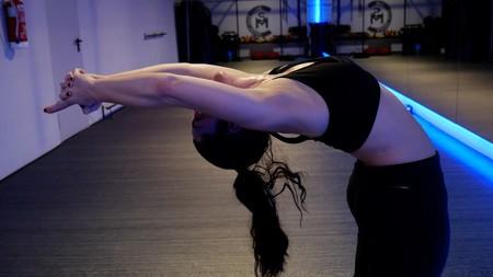 Bikram Yoga: probamos una clase de Yoga a 40 grados de temperatura, con vídeo