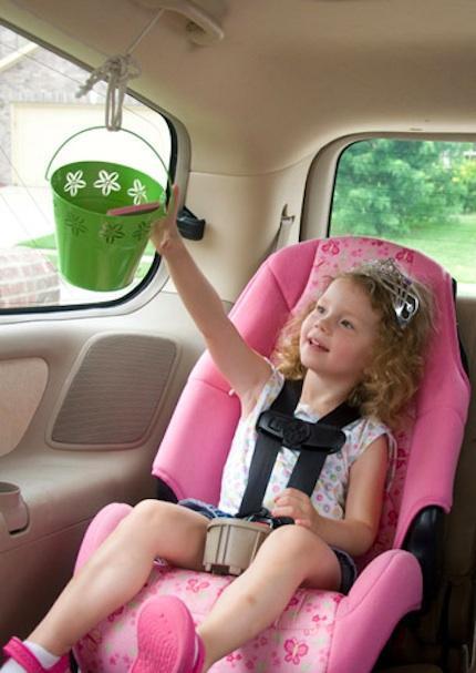 Juegos para practicar en familia mientras viajáis en coche