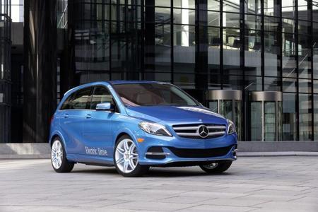 Mercedes-Benz Clase B eléctrico: 200 kilómetros de autonomía y un precio más competitivo para superar al BMW i3