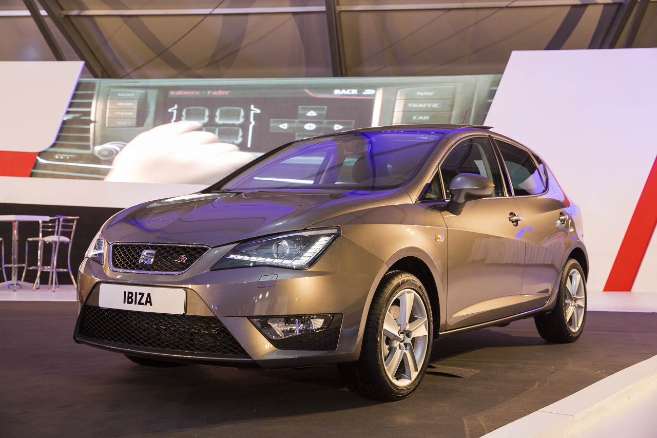 el seat ibiza fr vuelve a m xico ahora con android auto y. Black Bedroom Furniture Sets. Home Design Ideas