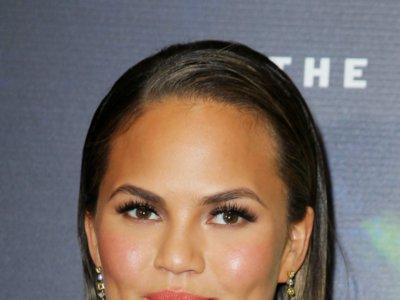 ¿Quieres imitar el look de Chrissy Teigen? Te damos las claves de su maquillaje