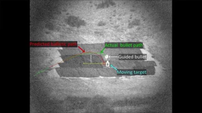 El proyectil que es capaz de cambiar de dirección para impactar en su objetivo