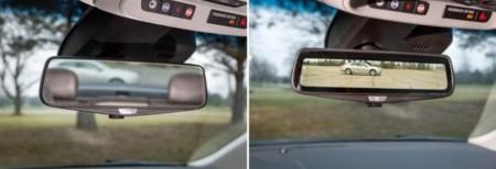 Si por el espejo del retrovisor no ves bien, Cadillac lo sustituye por una señal de vídeo