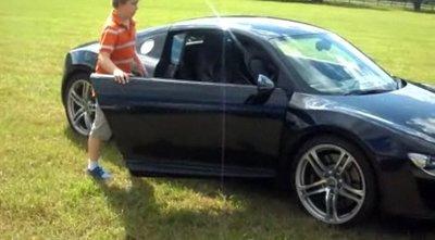 Un chaval de 11 años al volante de un Audi R8, no puede salir nada bueno