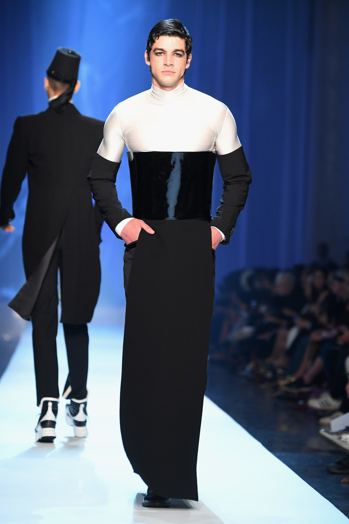 Foto de Jean-Paul Gaultier Fall-Winter 2018 - Paris Haute (3/15)