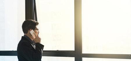 La privacidad es importante, no atiendas a tus clientes en la calle gritando por el móvil
