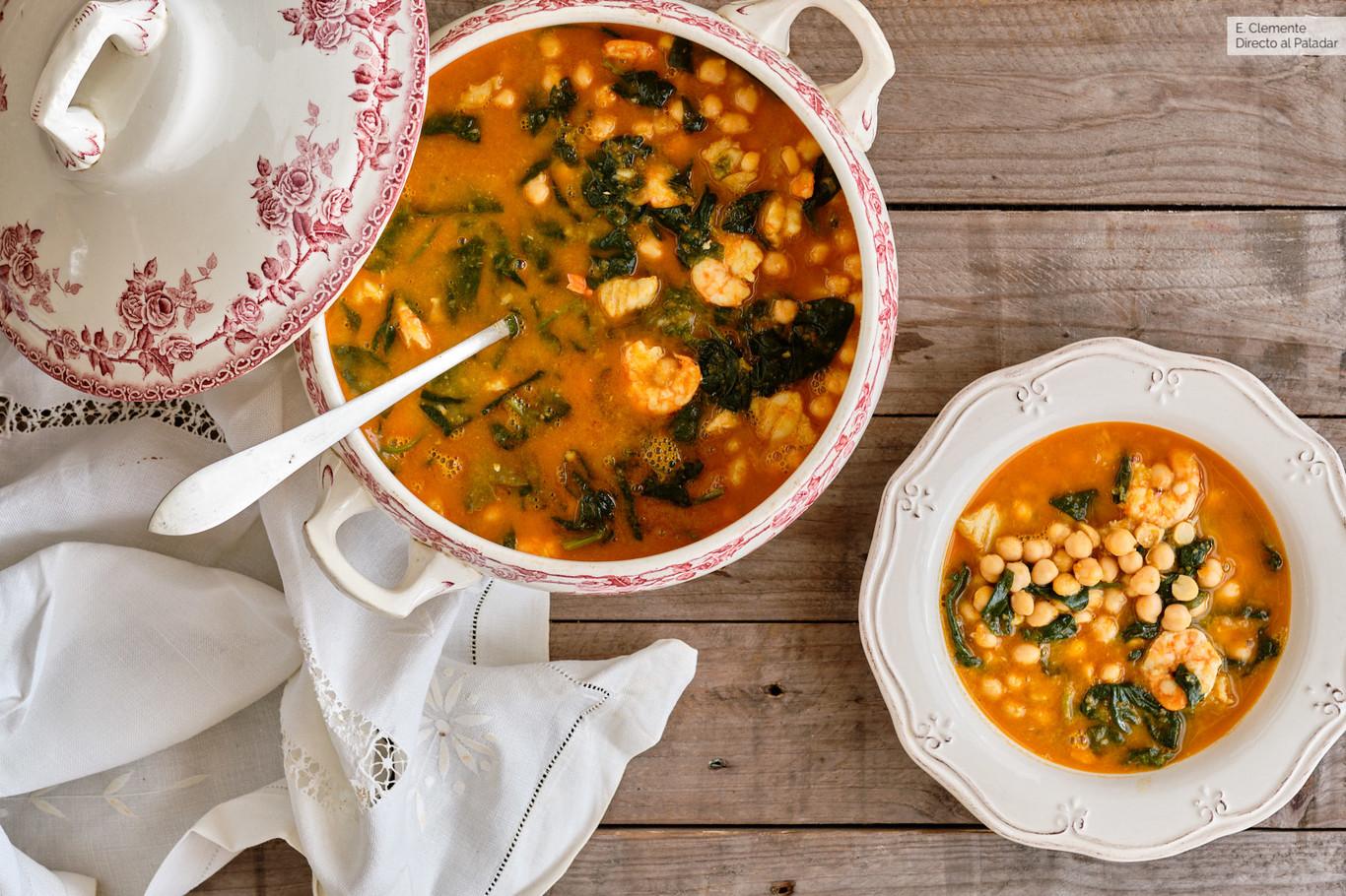 Potaje de Cuaresma con bacalao y langostinos: receta de lujo para la Semana Santa