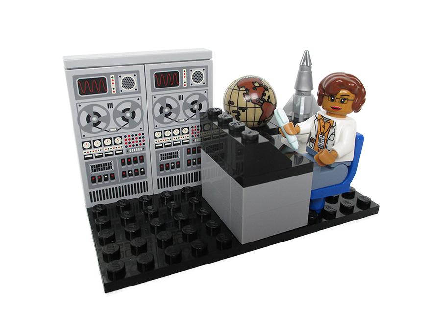 Lego Nasa Women 7
