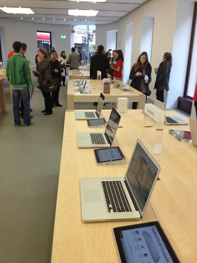 Foto de Apple Store Calle Colón (Valencia) (11/90)