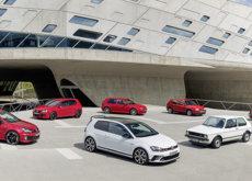 Volkswagen armó la fiesta en Goodwood con los 40 años del Golf GTI