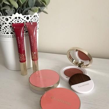Las mejillas y los labios son los protagonistas de la nueva colección de maquillaje de Clarins para este otoño 2019 que ya nos ha conquistado