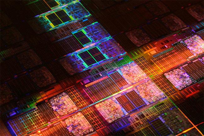 Intel Die Transistor