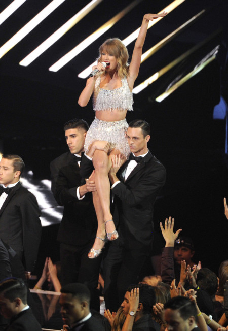 flapper taylor swift mtv vma 2014