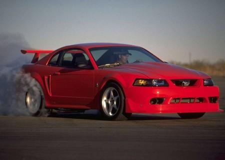 Ford Mustang Svt Cobra R 2000 1024 03