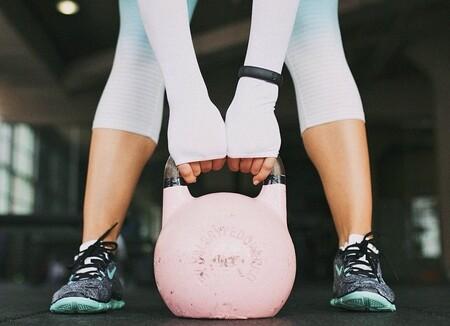 Nike celebra San Valentín y nos regala un 20% de descuento en sudaderas, pantalones y zapatillas muy top