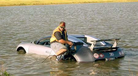 Cazado el conductor de un Bugatti Veyron que quiso estafar a su seguro haciéndolo caer a un lago
