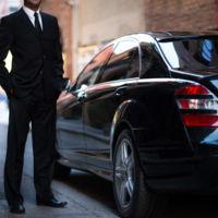 Buenas noticias para Uber: la CNMC pide que se eliminen las restricciones en las licencias VTC