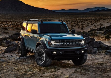 Ford Bronco Heritage Edition 3