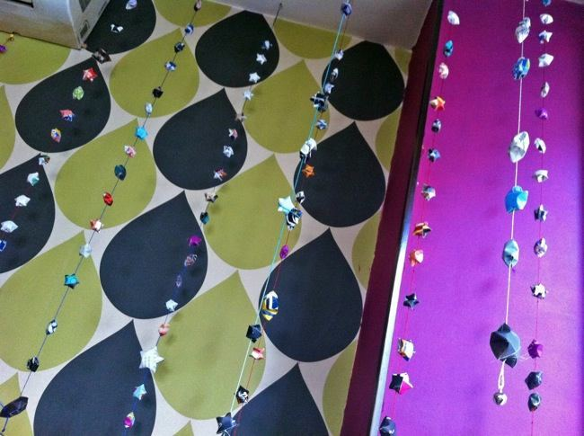 Foto de Hemos visto... guirnaldas de estrellas DIY para decorar en Navidad (2/4)