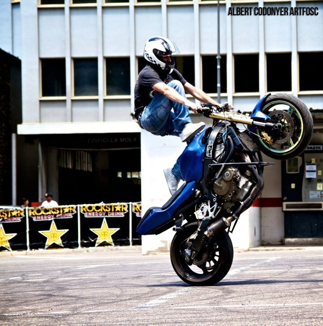 Foto de Éxito del primer campeonato de Freestyle Stunt Riding Encamp 2011 (7/18)